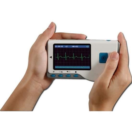 Electrocardiografo diseñado para medicos generales o para uso domestico.