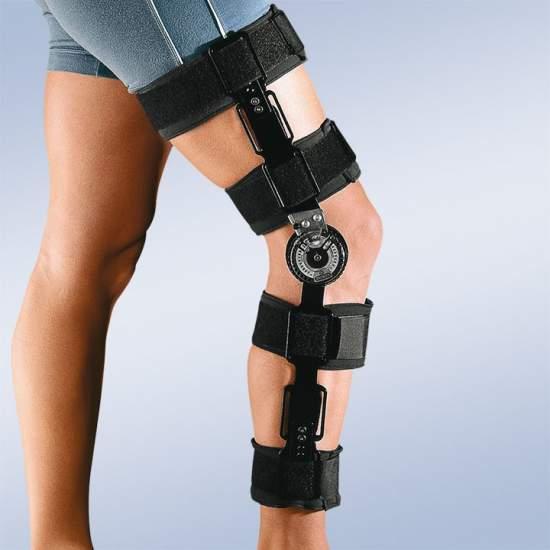 Knie-orthese met slot