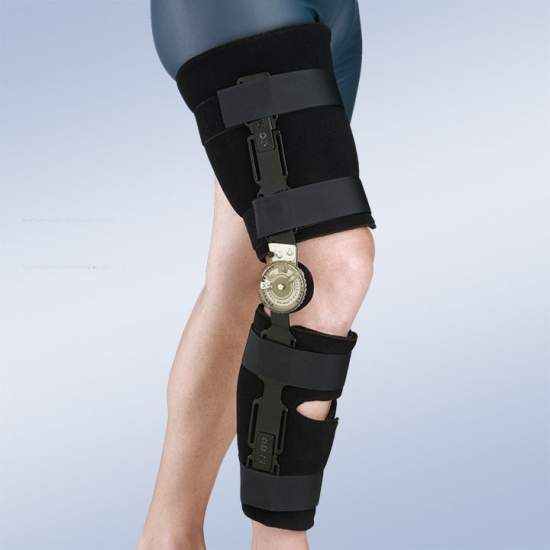 Knee brace with lock