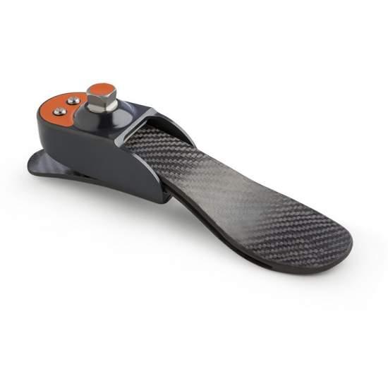 Dynamische Fußprothese aus Carbon