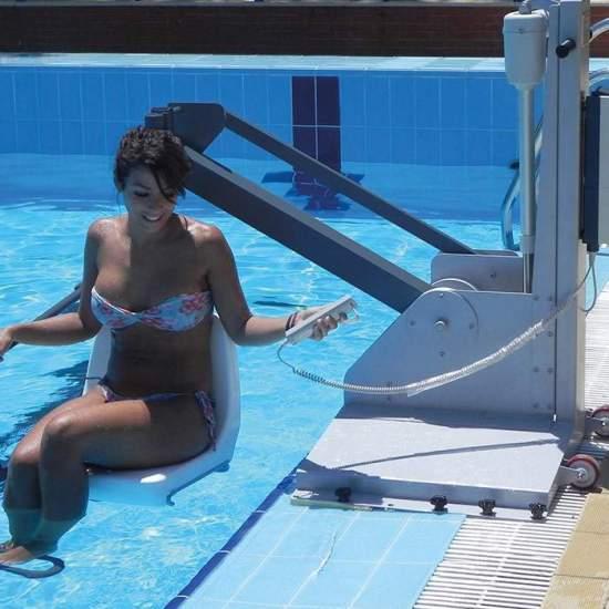 Guindaste para piscina Metalu 600