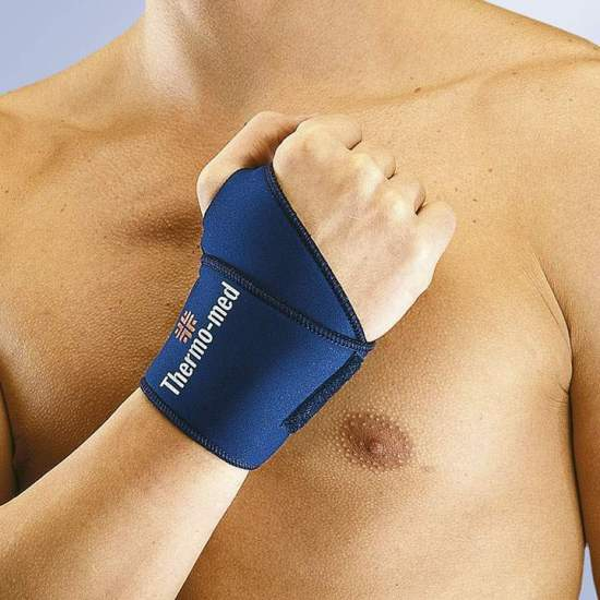 WRIST WRAPPING IN NEOPRENO...